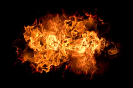 Autoversicherung - Wer zahlt wenn es brennt