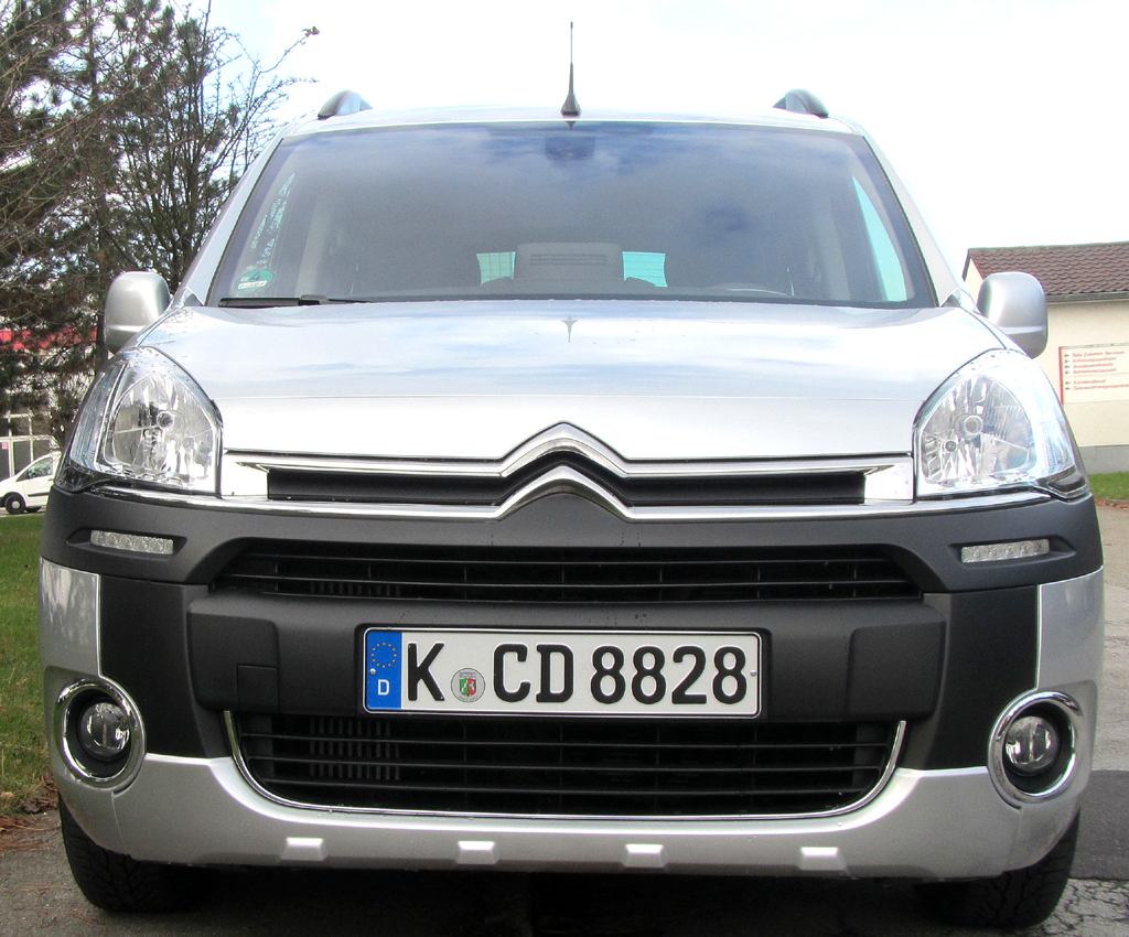 Citroën Berlingo: Blick auf die Frontpartie.