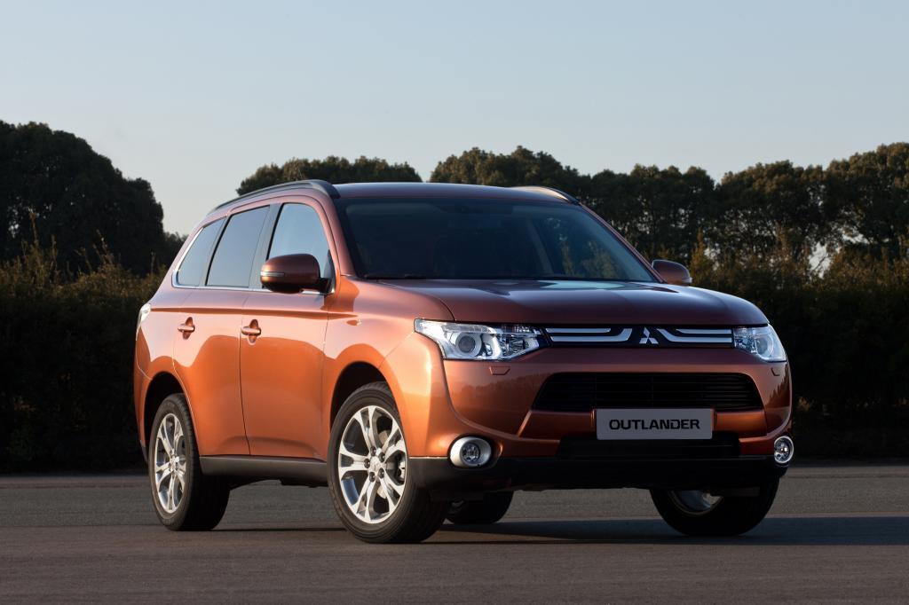 Für die Neuauflage des Mitsubishi Outlander haben die Japaner nicht nur SUV-Fahrer im Visier