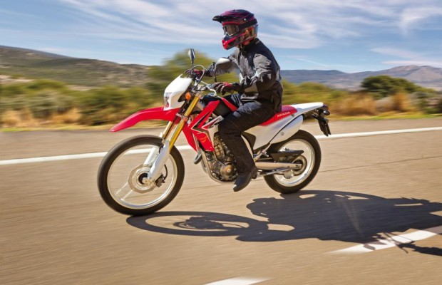 Honda CRF250L: Braver Ableger des Bond-Bikes