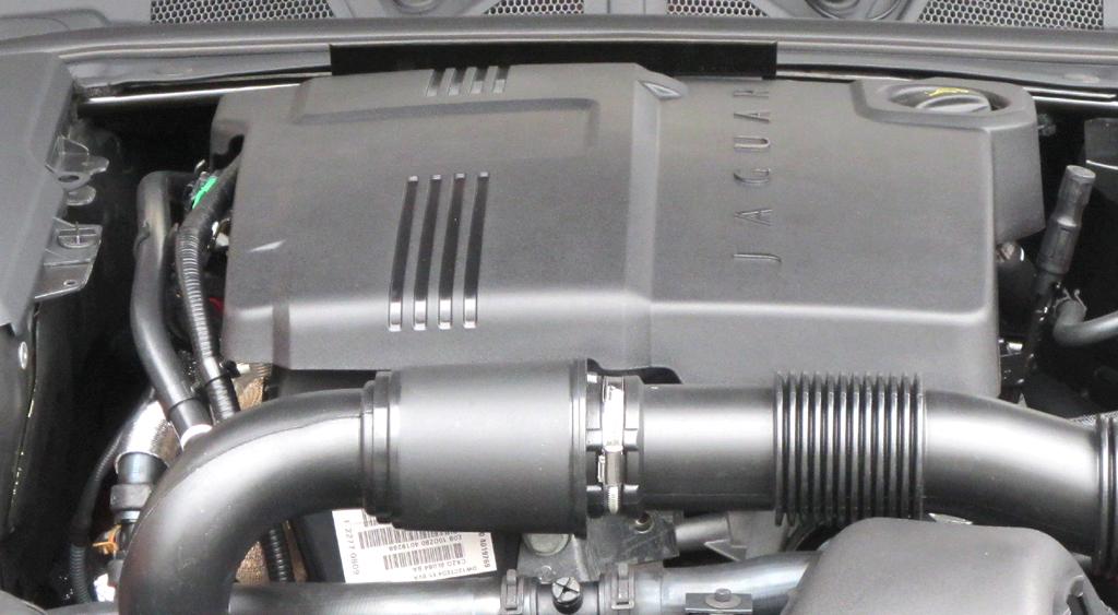 Jaguar XF Sportbrake: Blick unter die Haube. Drei Turbodiesel stehen zur Wahl.