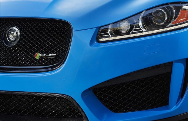 Jaguar XFR-S - Sportwagen im Smoking