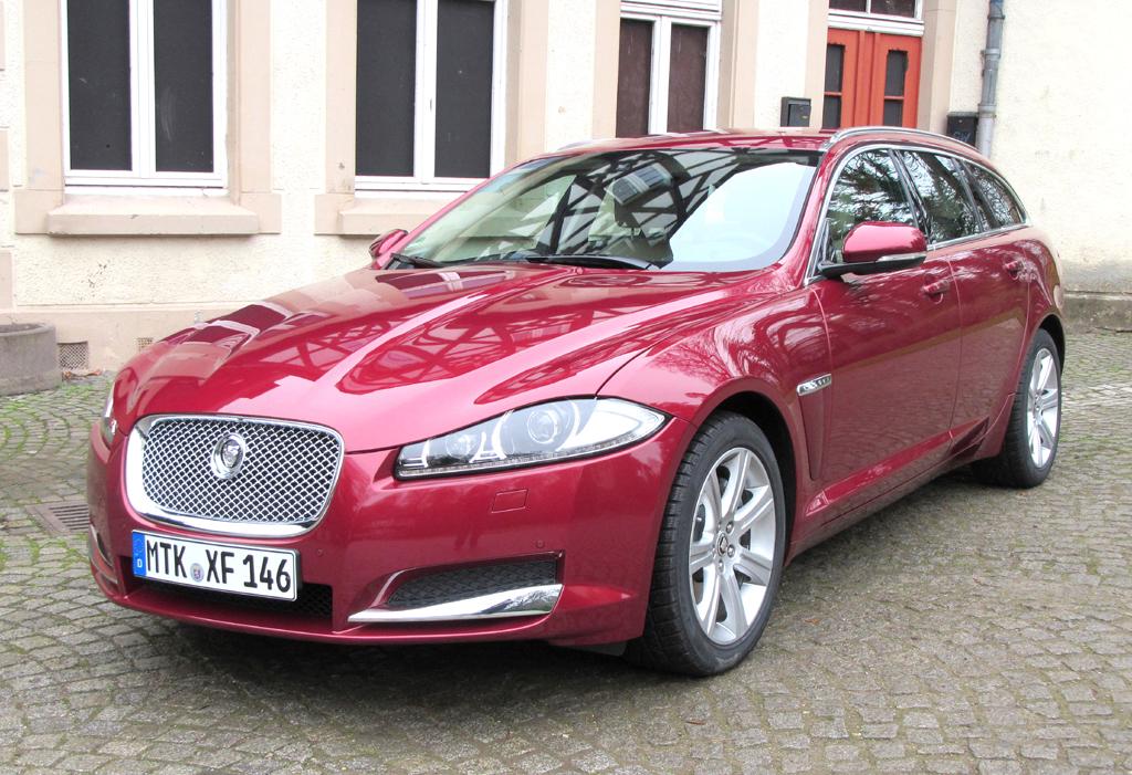 Jaguars Sportbrake ist neben der Limousine die zweite XF-Variante. Foto: Grebe