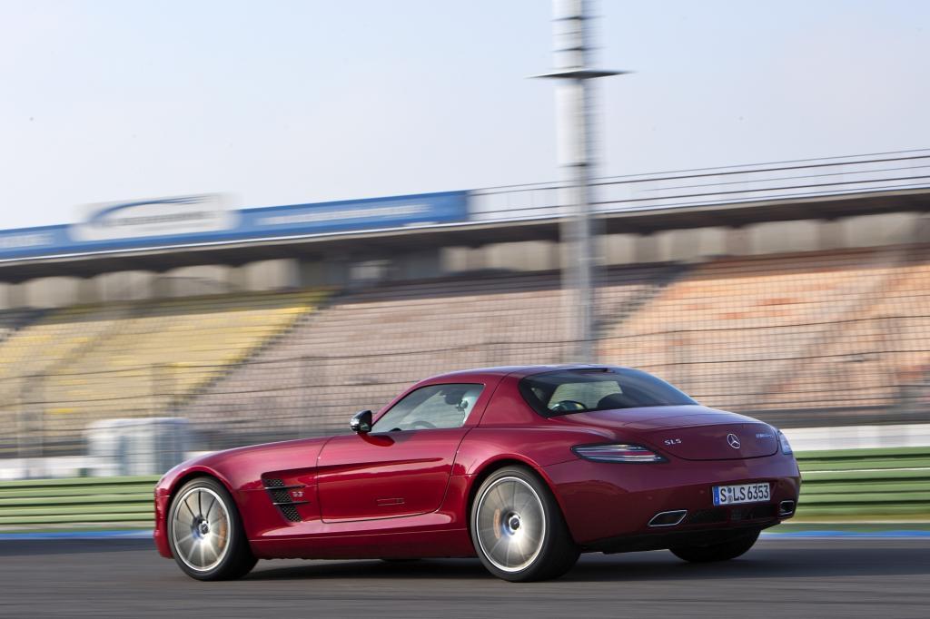 Mercedes SLS GT auf dem Hockenheimring