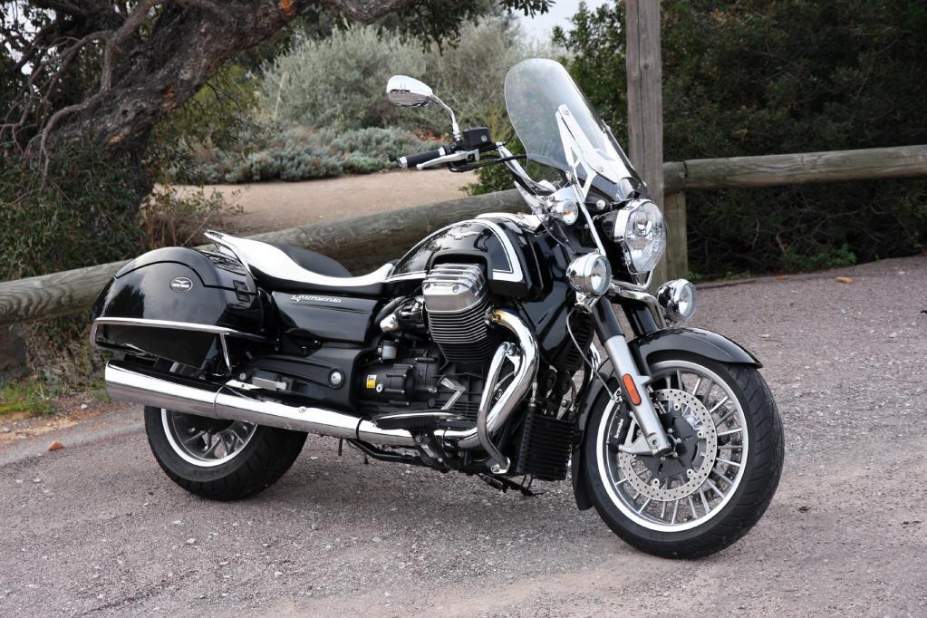Moto Guzzi California 1400: Hinterm Horizont
