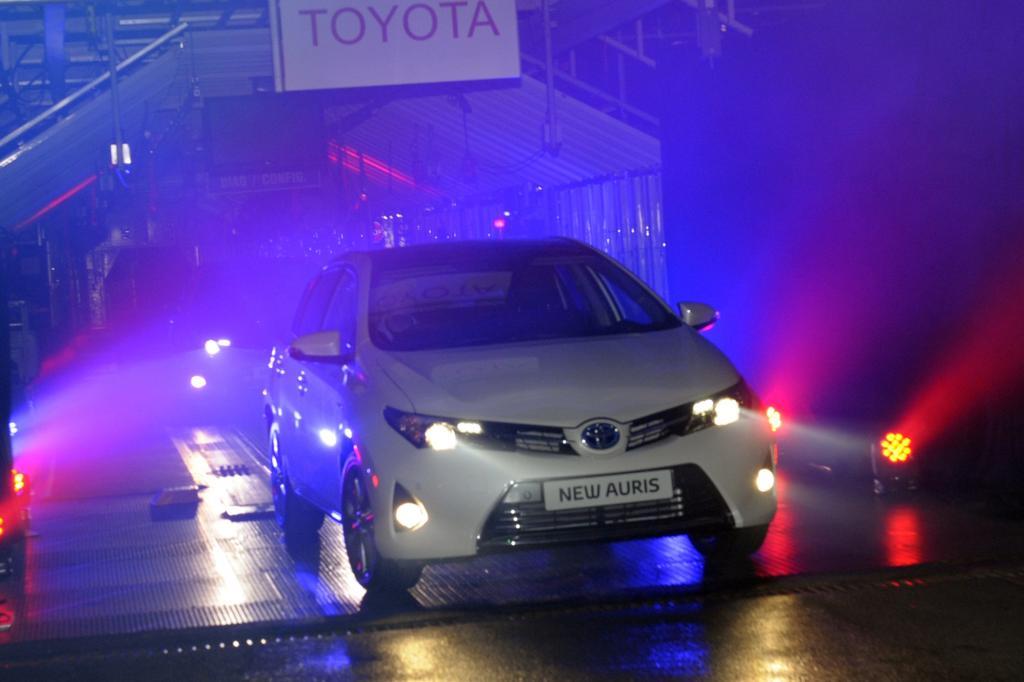 Neuer Toyota Auris - Als Trio gegen Golf und Co.