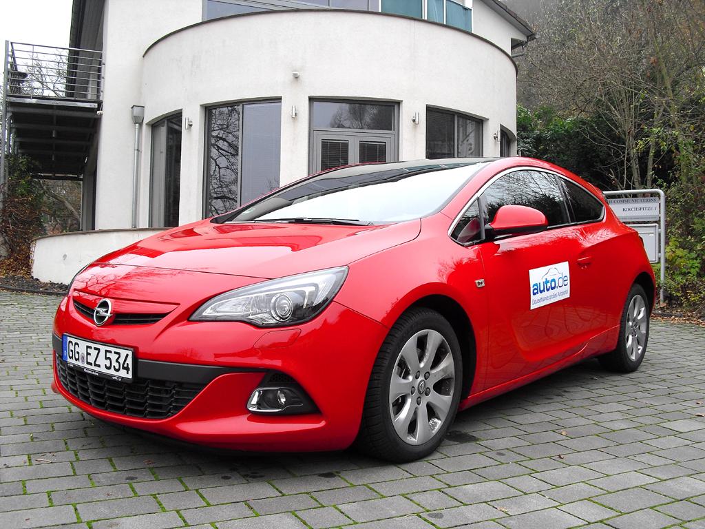 Opel Astra GTC, hier als Biturbodiesel mit 143/195 kW/PS.