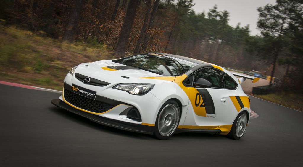 Opel kehrt in den Motorsport zurück