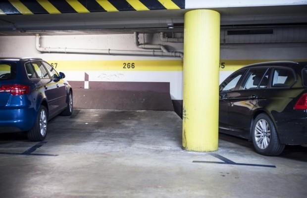 Parkhäuser im Test - Oftmals eng und finster