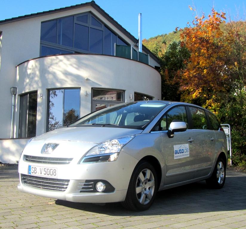 Peugeot 5008, hier als mittlerer Diesel mit 110/150 kW/PS. Fotos: Grebe