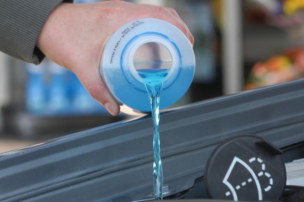 Ratgeber: Jetzt Frostschutzmittel einfüllen - Voller Durchblick