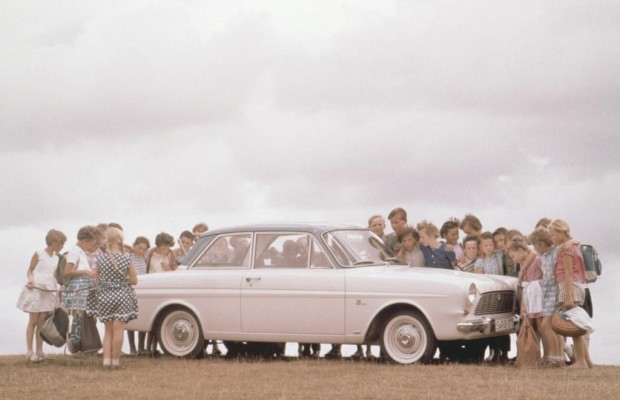 Tradition: 50 Jahre Ford Taunus 12 M (P4) - Ein Cardinal als Kuckucksei