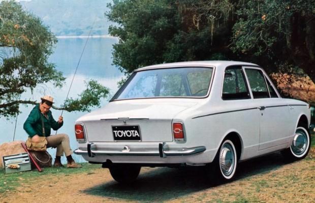 Tradition: Elf Generationen Toyota Corolla und Auris - Nippons Nummer eins