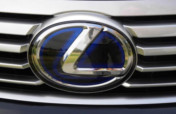 Adaptiver Fernlichtassistent für überarbeiteten Lexus LS