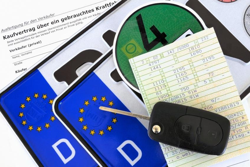 Autohandel: Unerlaubte Weitergabe von Kundendaten strafbar