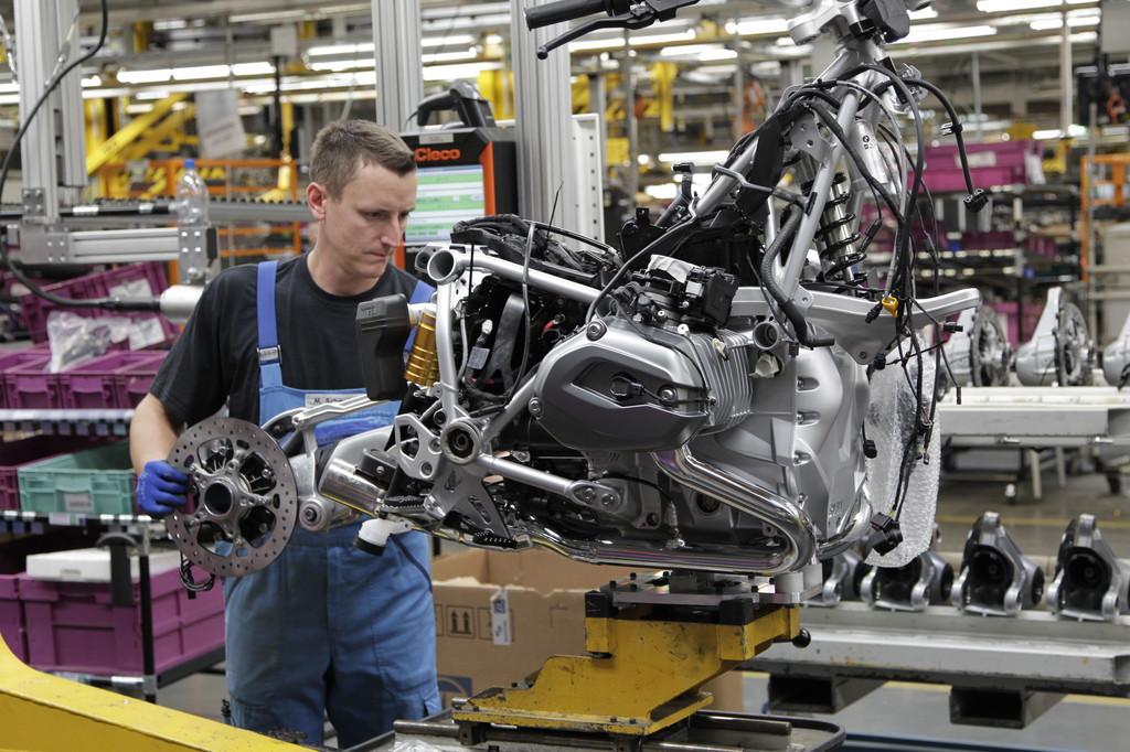 BMW erweitert Fläche für Motorrad-Werk