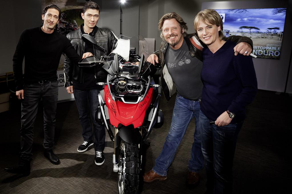 BMW schickt fünf Motorradfahrer auf Weltreise