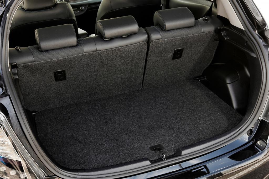 Das Kofferraumvolumen wird indes durch die Batterietechnik nicht eingeschränkt