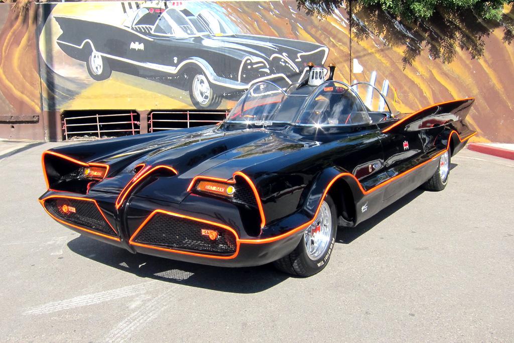 Das ist der eine Hammer: Original-Batmobil von 1966.