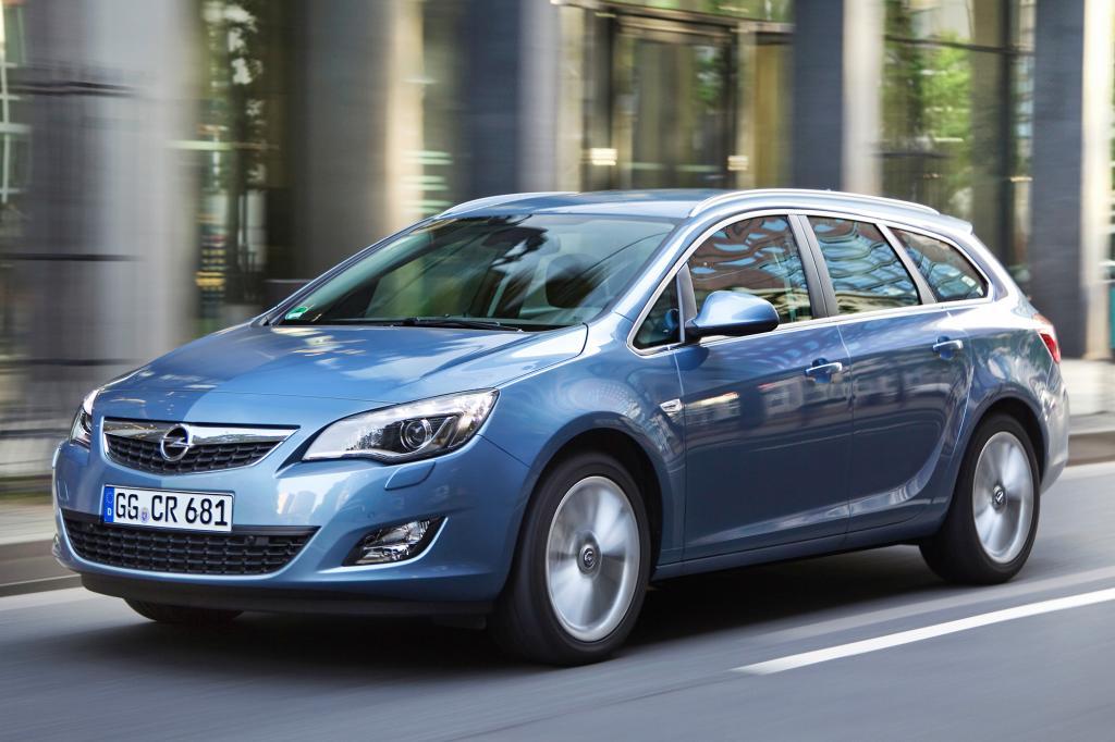 Der Opel Astra Sports Tourer setzt auf dynamische Linien