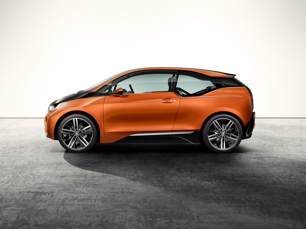 Detroit 2013: BMW präsentiert i3 Concept Coupé.