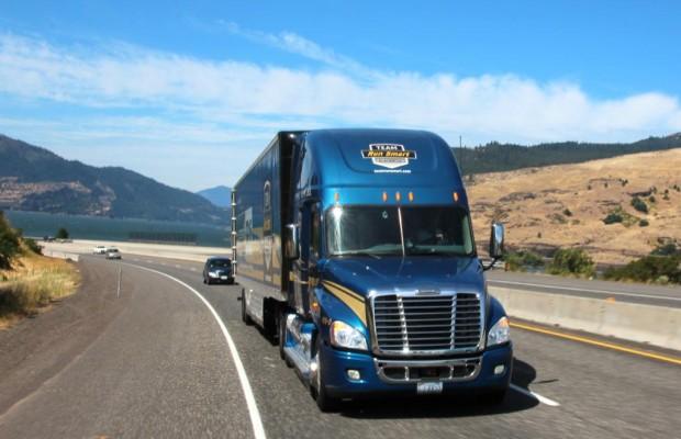 Faszination US-Trucks - Regent mit Rechenschieber