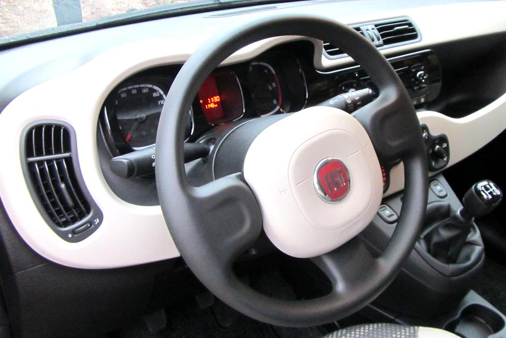 Fiat Panda 4x4: Blick ins Cockpit.