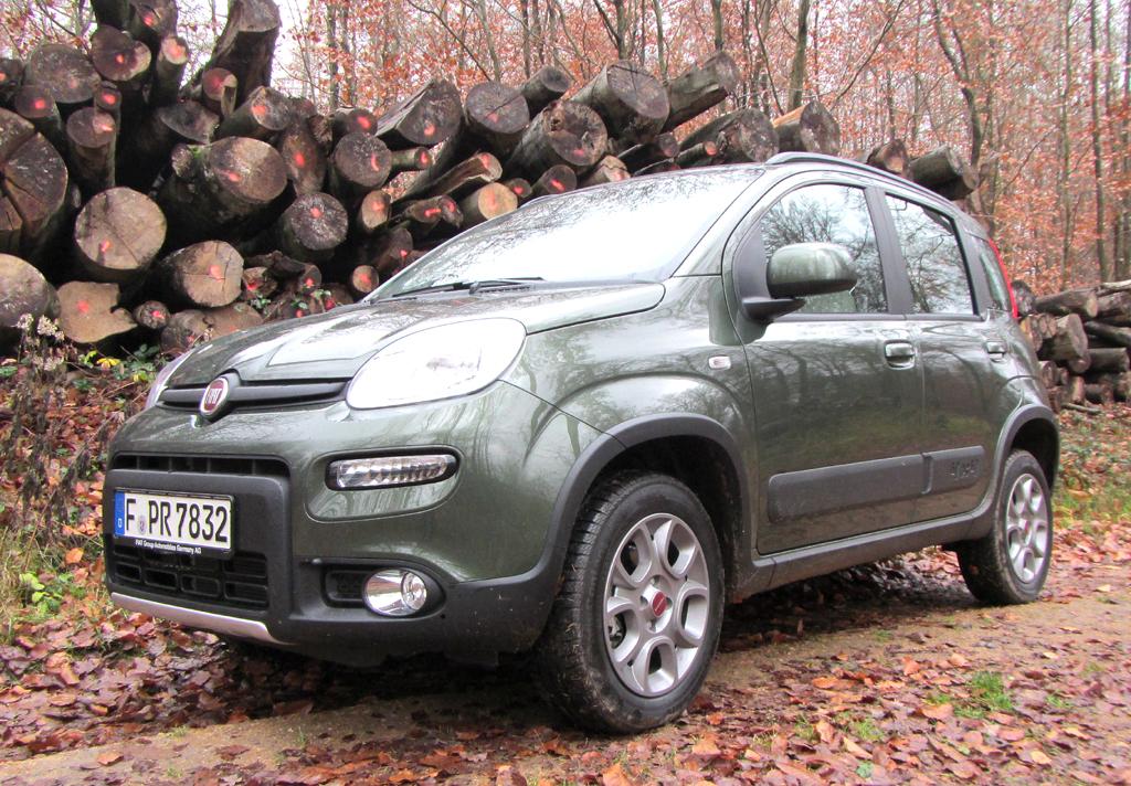 Fiats Panda 4x4 kommt im robusten Hochbein-Look daher