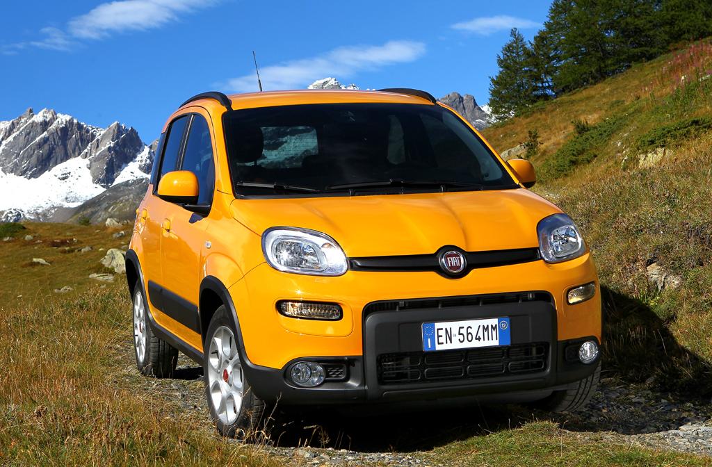 Fiats Panda gibt es jetzt auch als Trekking im Offroad-Look ...
