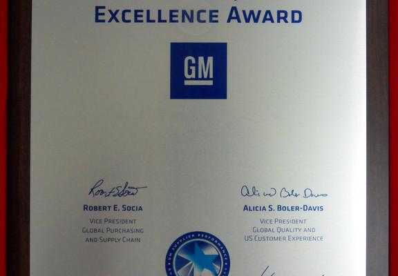 GM zeichnet Johnson Controls und Schaeffler für Qualität aus