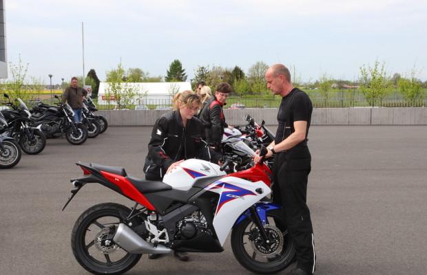 Honda erleichtert Motorrad-Einstieg mit