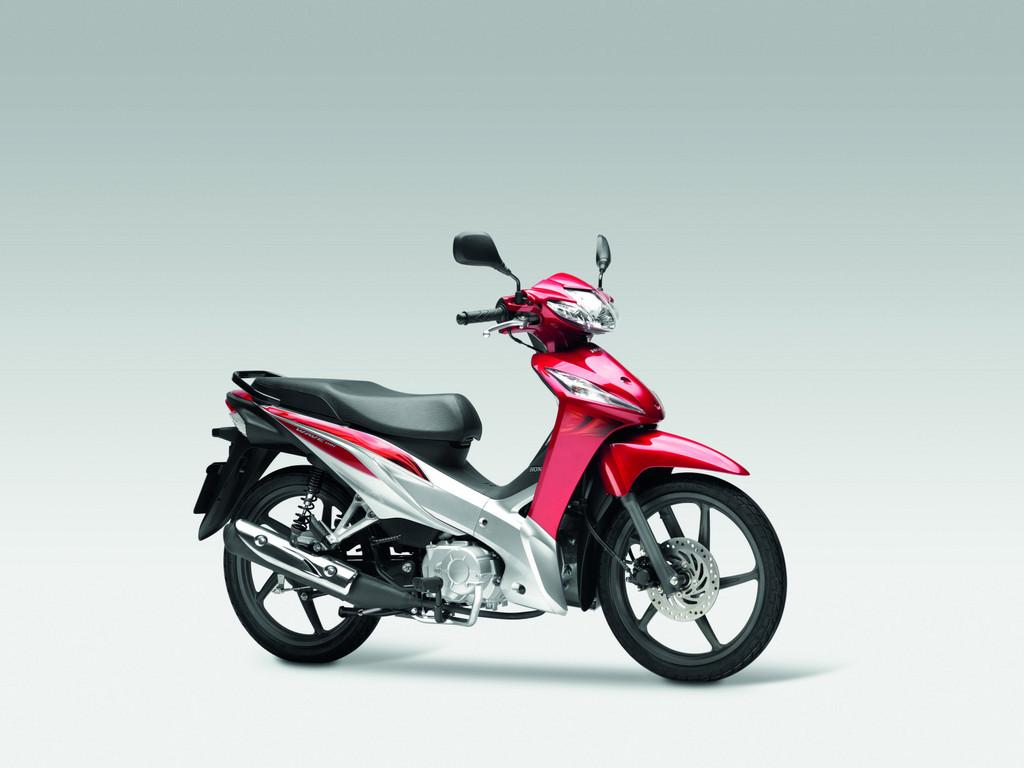 Honda macht Angebote für neue Motorrad-Führerscheinrichtlinie