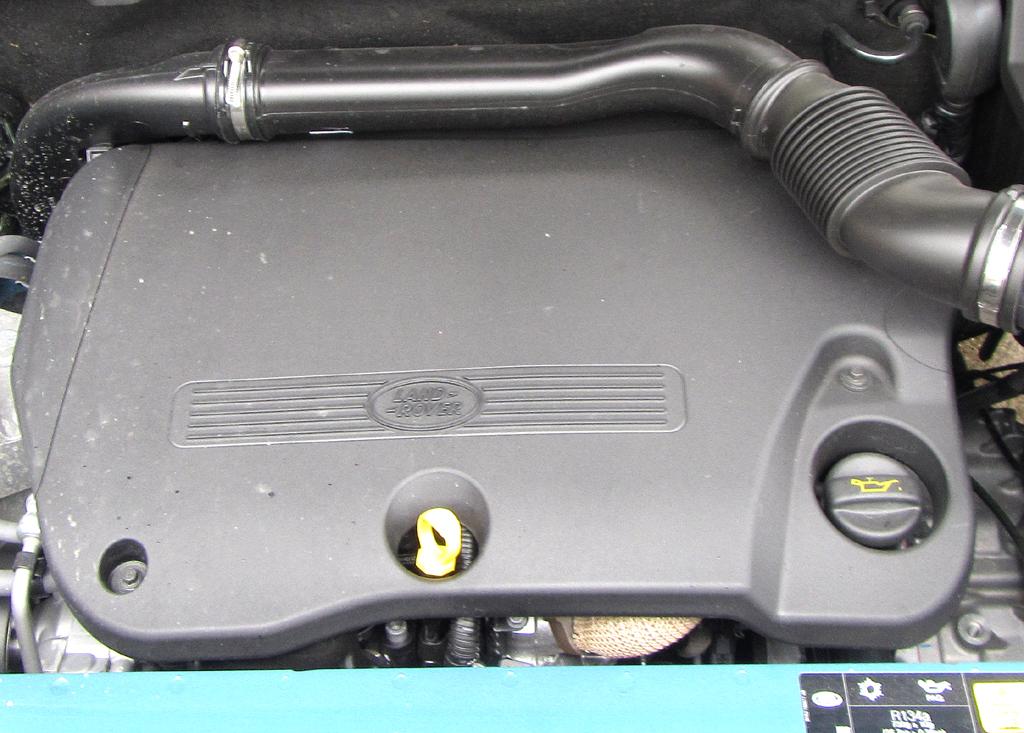 Land Rover Freelander: Blick unter die Haube, hier bei einem der beiden Diesel.