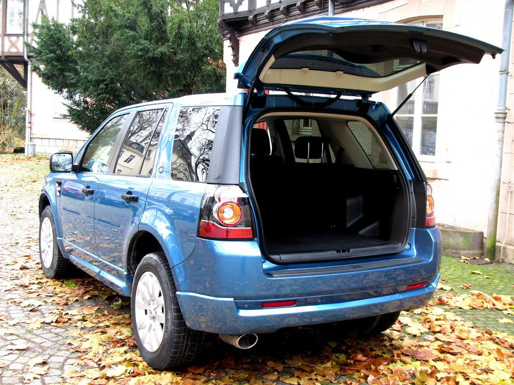 Land Rover Freelander: Das Gepäckabteil fasst dachhoch 755 bis 1670 Liter.