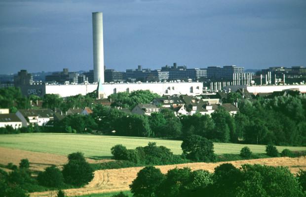 Opel plant Einstellung der Fahrzeugproduktion in Bochum