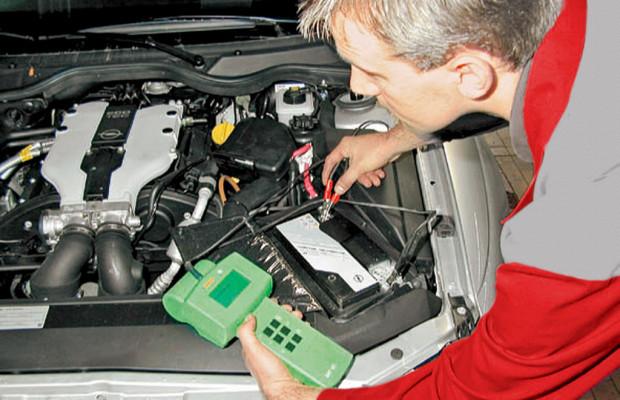 Ratgeber: Batterie im Winter regelmäßig prüfen