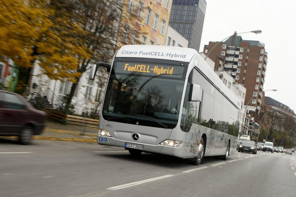 Sauberer Nahverkehr - Elektrisch im Linienbus mit Wasserstoff
