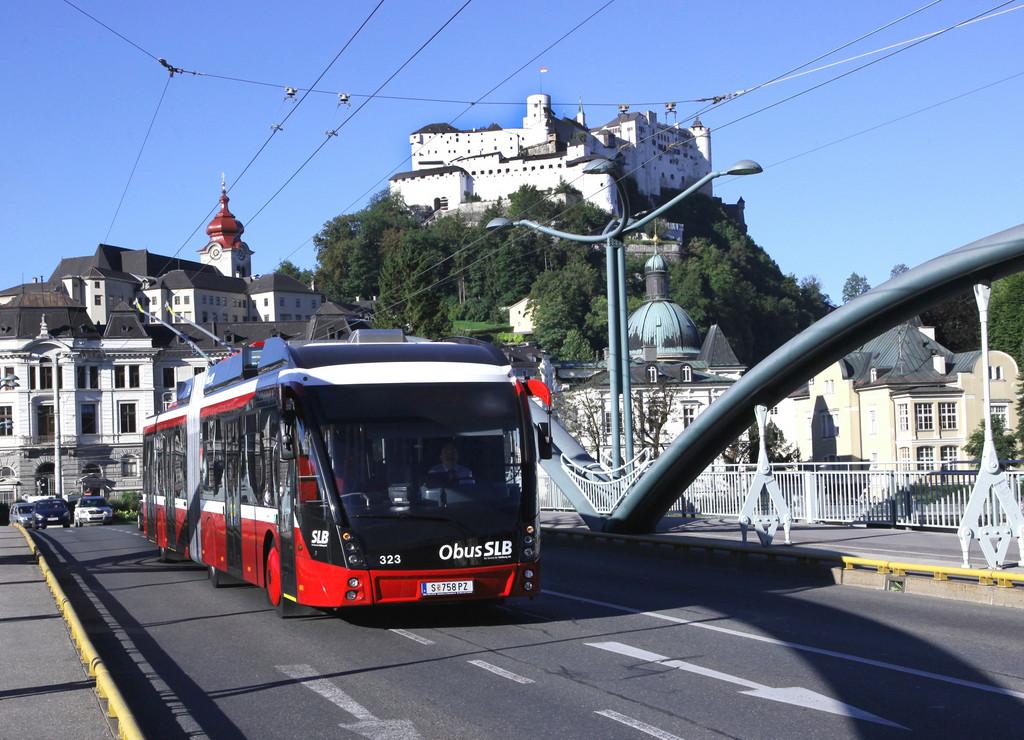 Solaris liefert weitere 26 Trollino Metro Style nach Salzburg