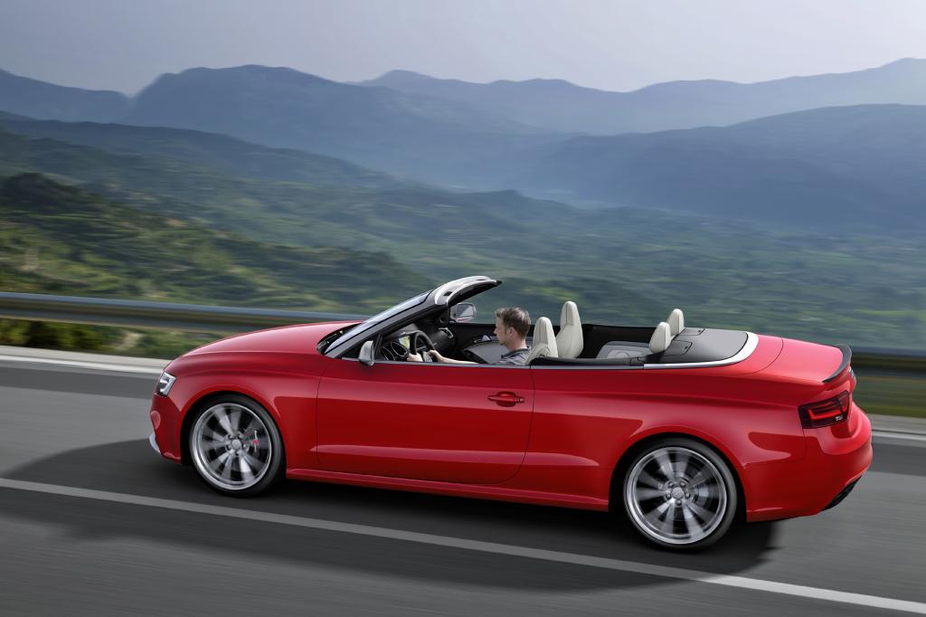 Trotz seiner sportlichen Ausrichtung bietet das Sport-Cabriolet eine komfortable Abstimmung