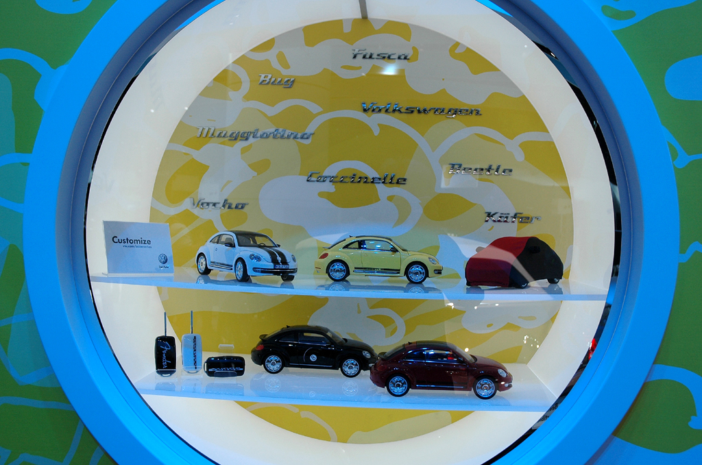 VW Beetle Cabrio, noch verdeckt oben rechts en miniature.