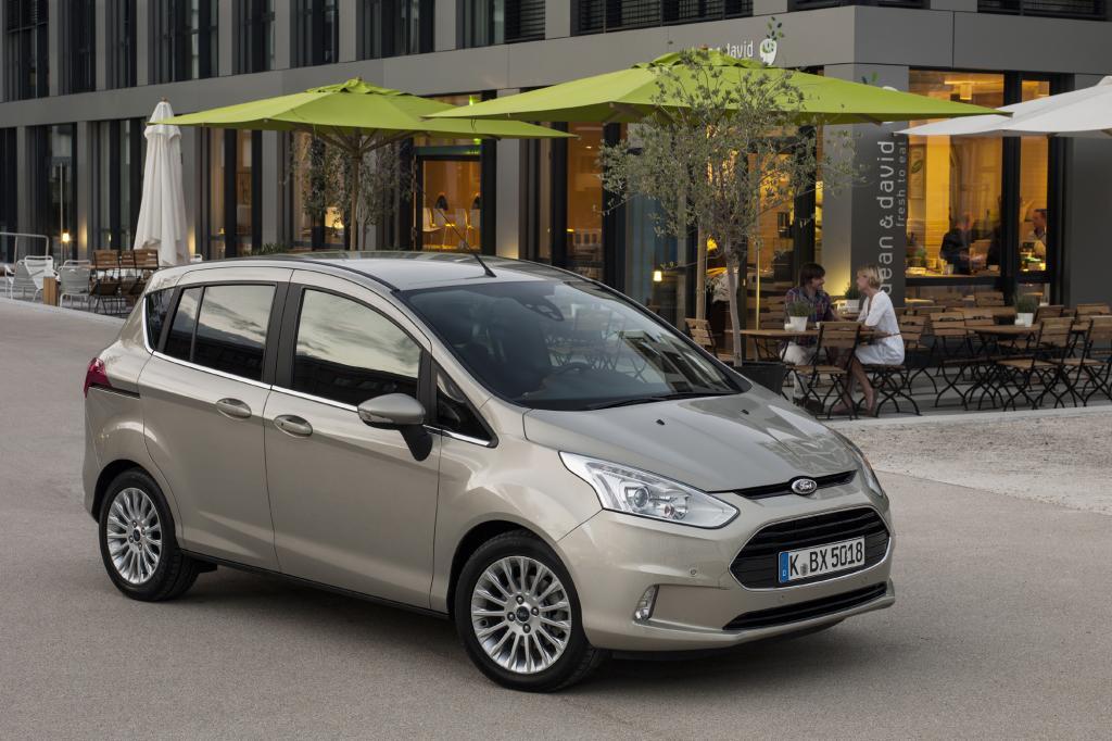 Der B-Max nutzt zwar die Plattform des Kleinwagens Fiesta, bietet aber deutlich mehr.