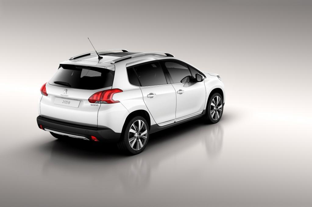 Die Leistungsspanne reicht auf Benzinerseite von 60 kW/82 PS bis 115 kW/155 PS
