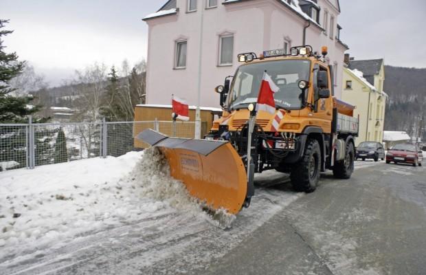 Eis und Schnee auf den Straßen – Über gut organisierte Deutsche