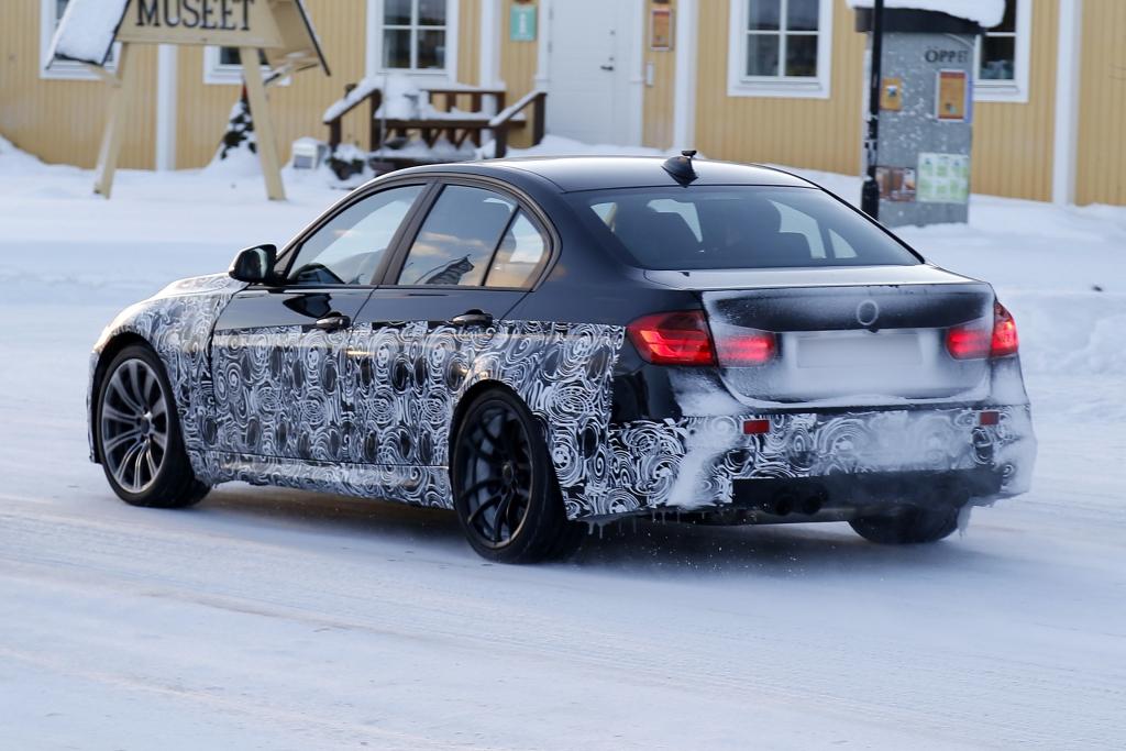 Erwischt: Erlkönig BMW M3 – Drei Turbos für den M3