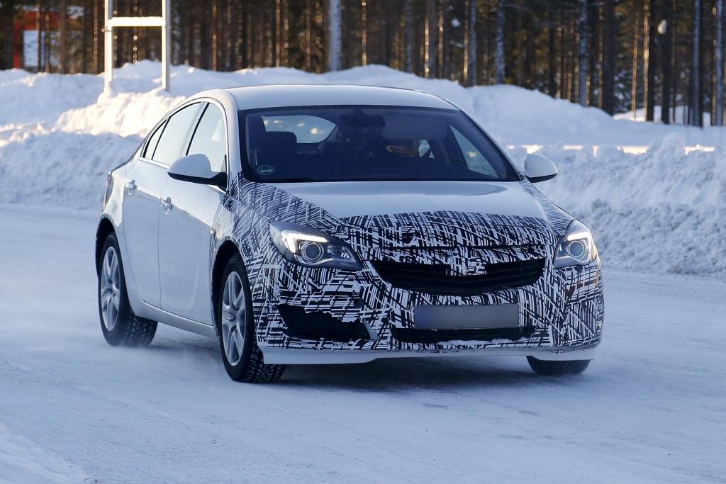 Erwischt: Erlkönig Opel Insignia Facelift 2013