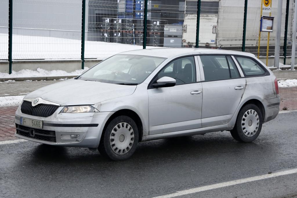 Erwischt: Erlkönig Škoda Octavia III Kombi - Viel Platz und GTI-Power