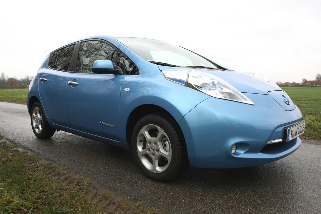 Fahrbericht Nissan Leaf: Fast vollwertig