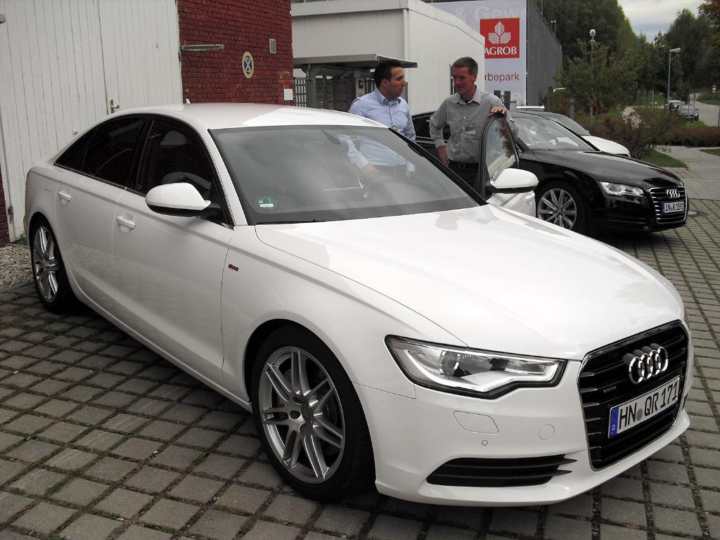 Gleich doppelt befeuert: Audi A6-Limousine mit elektrischem Biturbodiesel.