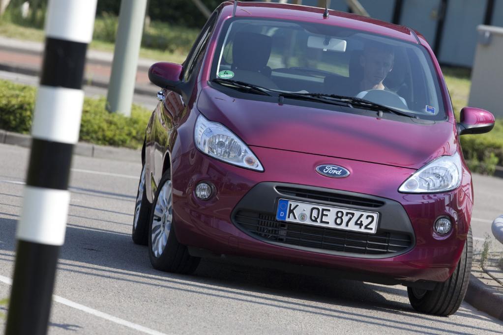 Immer weniger junge Frauen kaufen neue Autos