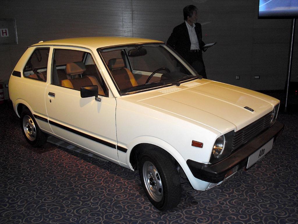 Mit Ecken und Kanten: Der Suzuki Alto kam 1981 auf den deutschen Markt, ...